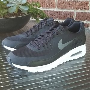 Nike Air Max 90 881106 002 Womens 8.5 Black / Wht